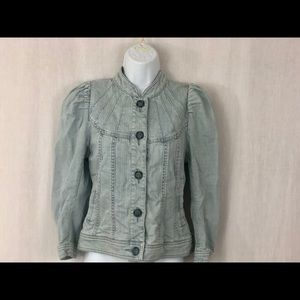 H&M light wash denim jean jacket size feminine